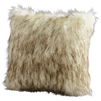 "Cyan Design Prairie Wolf 18"" Pillow in Gray"