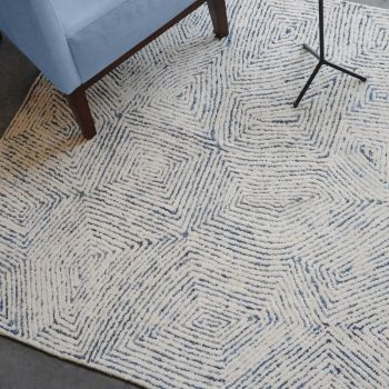 Uttermost Maze 5 x 8 Hand Tufted Wool Rug in Ivory/Rescued Denim