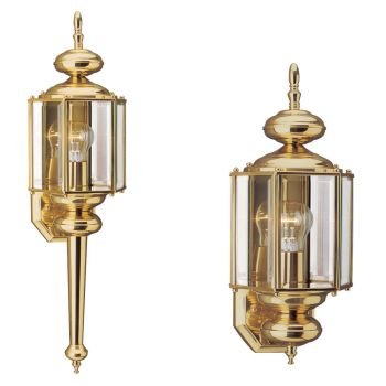 Sea Gull Lighting Classico 1-Light Outdoor Wall Lantern in Polished Brass