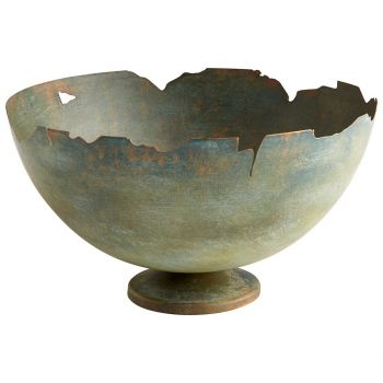 "Cyan Design Farmhouse Beauty 11"" Round Planter in Green"