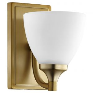 "Quorum Enclave 8"" Wall Sconce in Aged Brass"