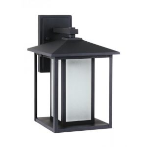 Sea Gull Lighting Hunnington One Light Outdoor Wall Lantern in Black