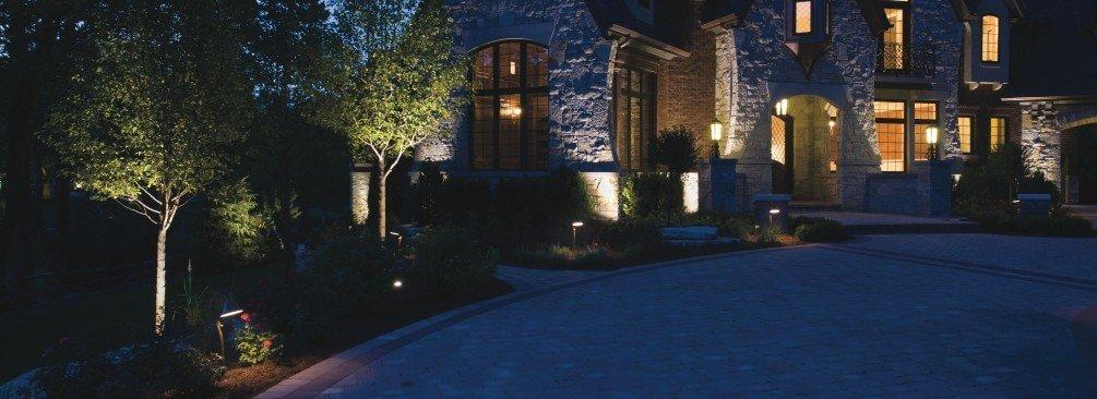 Lighting your outdoor space - LightsOnline.com