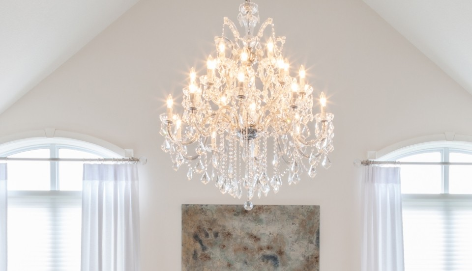 Crystal chandeliers - LightsOnline.com