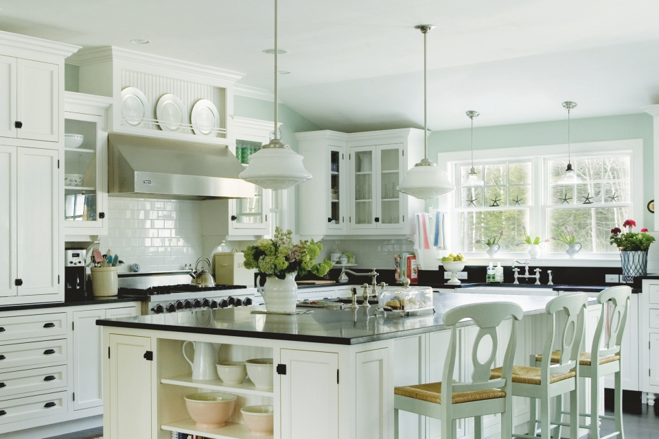 Pendants and Kitchen Lighting - LightsOnline.com