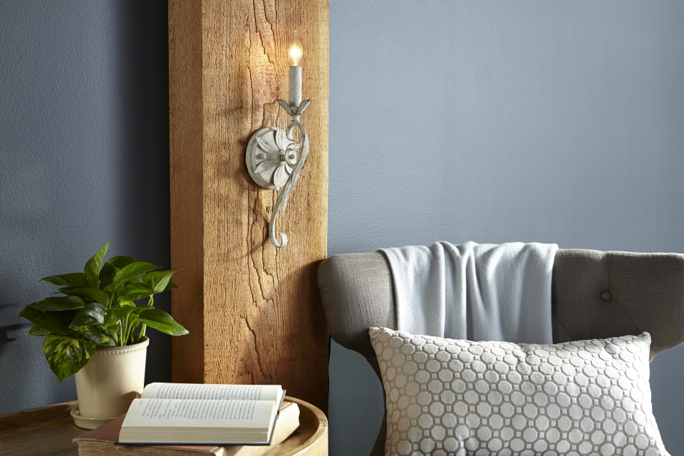 How to Use Wall Sconces - LightsOnline.com